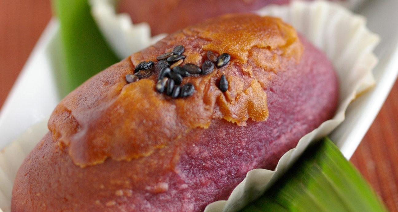 色鮮やかに焼きあがった紫芋スイートポテト