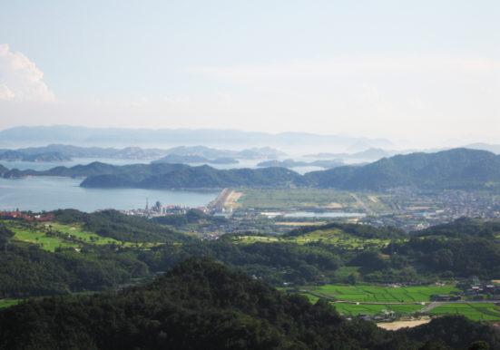 貝殻山から見る玉野市