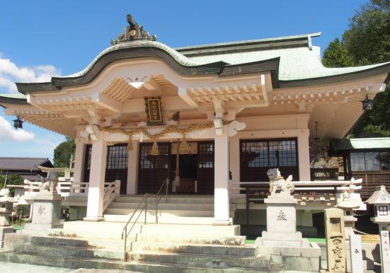 御崎八幡宮社殿