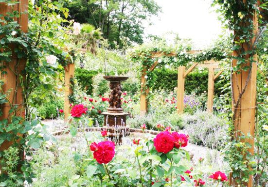 お花がいっぱいイギリス庭園