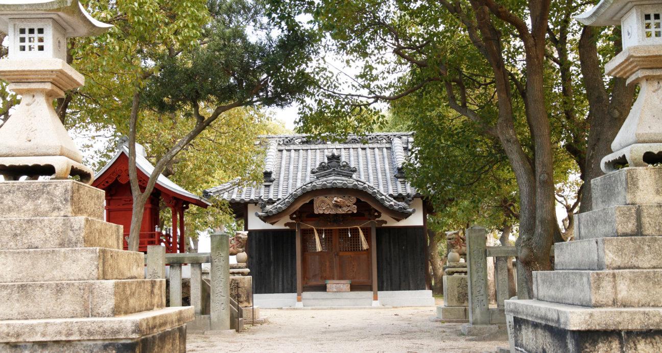 厳かな雰囲気の塩竃神社